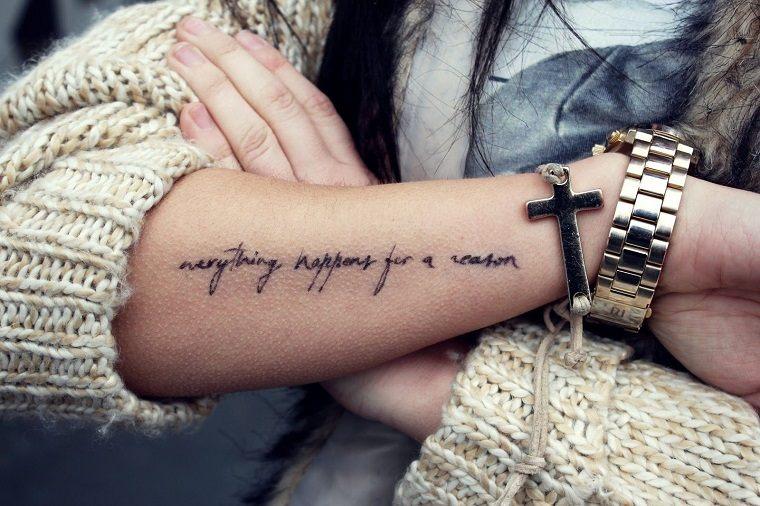 natural-letras-estilo-tatuajes