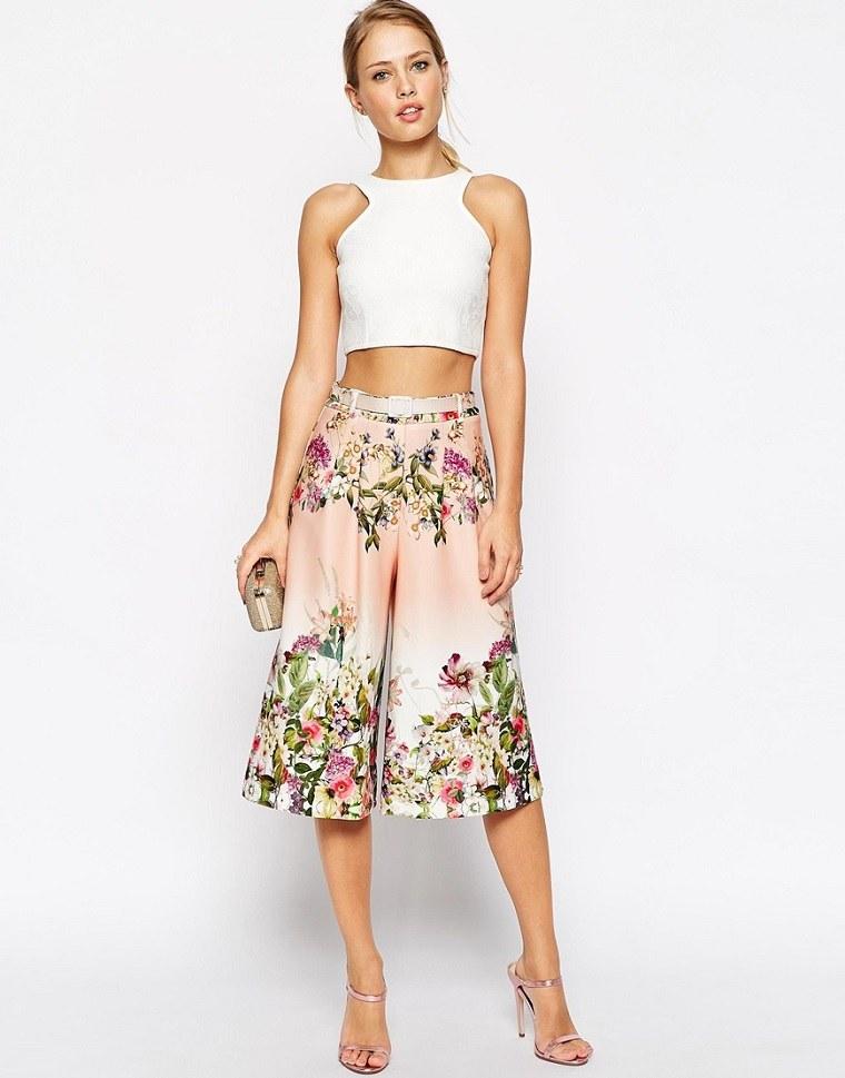 pantalones-culottes-moda-estampado-flores