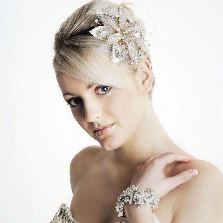 peinados accesorios modernos perlas