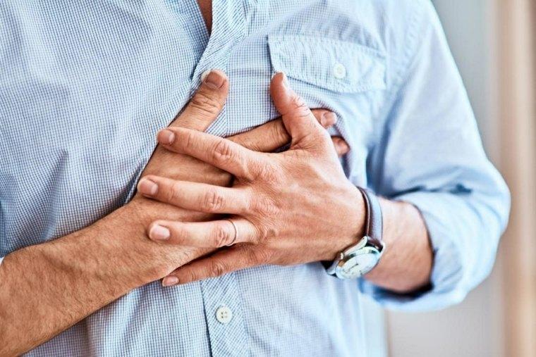 remedios caseros para la bronquitis-dolor-pecho