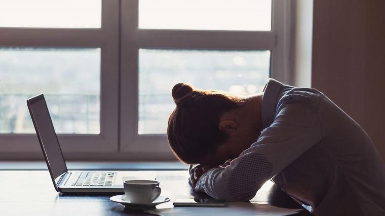 reposo-cama-enfermedad-bronquitis-no-trabajar