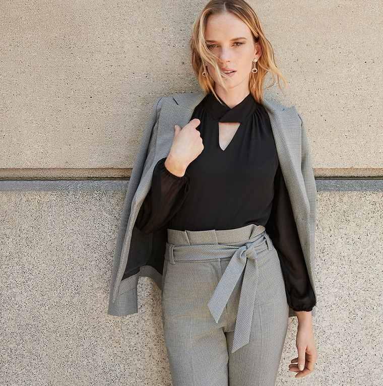 ropa de moda para mujer-looks-oficina-color-oscuro