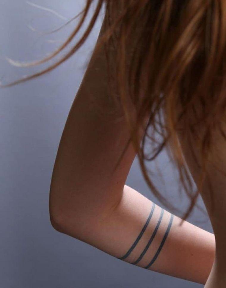 tatuajes de líneas sencillo