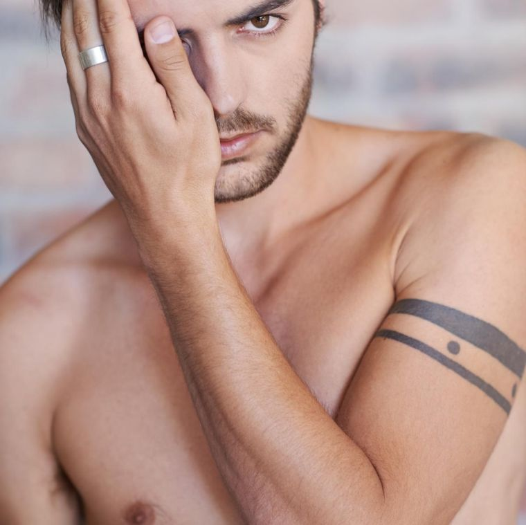 tatuajes de lineas modelo