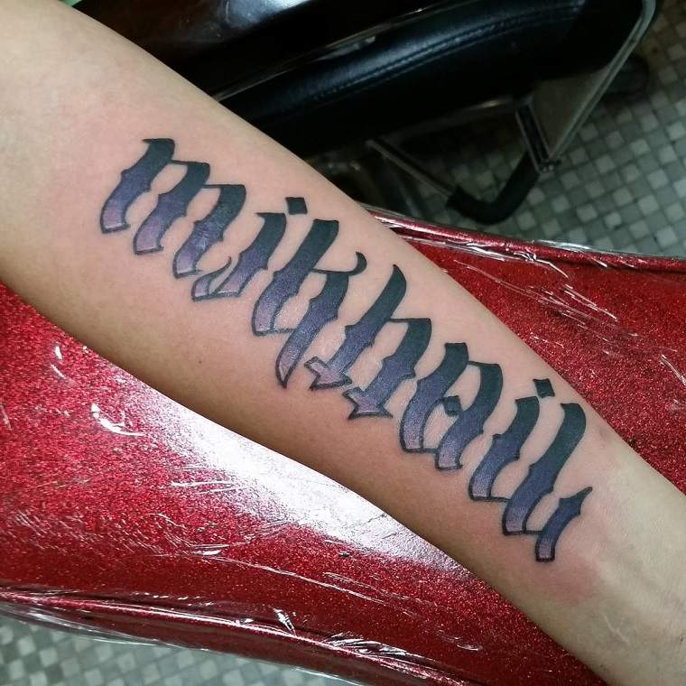 tinta-verde-color-tatuaje-tradicional