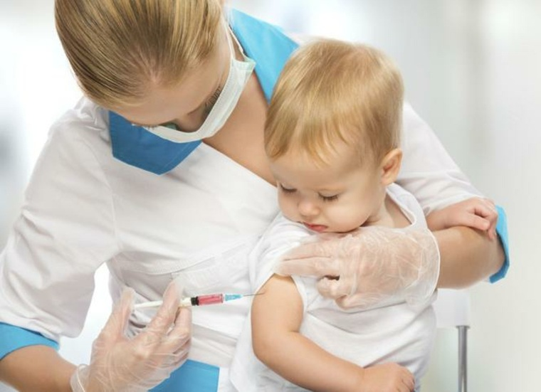vacuna de bebé