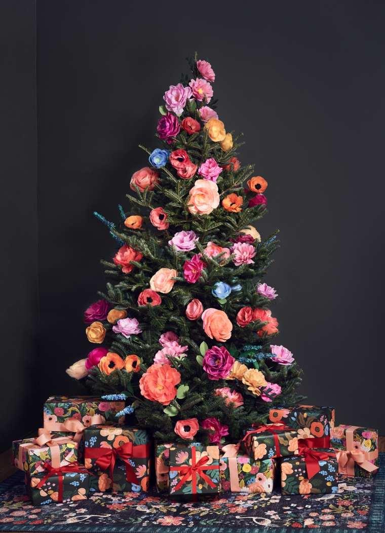 arbol-decorado-flores-estilo