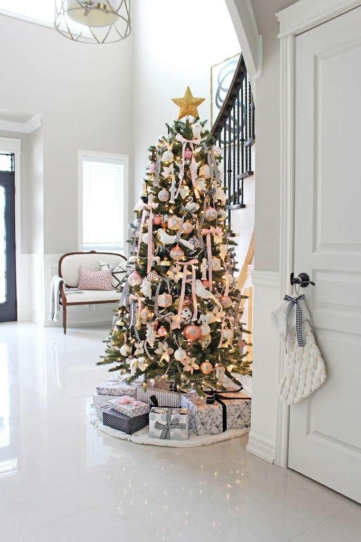 arbol-navidad-escaleras-casa