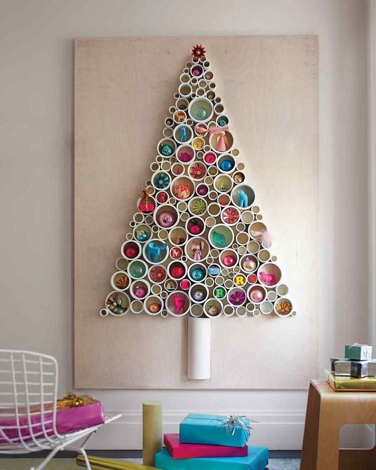 arbol-navideno-reciclado-estilo-moderno