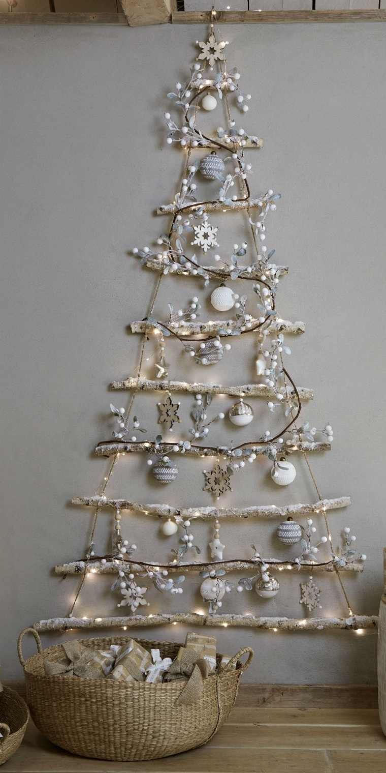 Árbol navideño reciclado-madera-pared