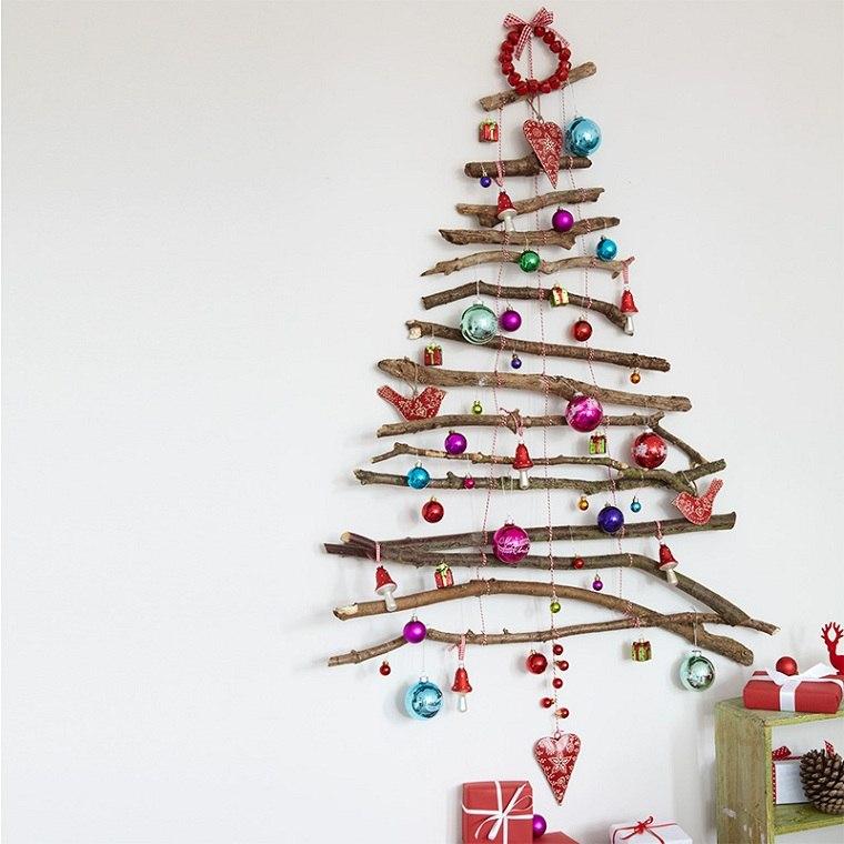 Árbol navideño reciclado-madera