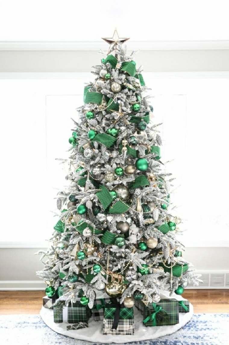 Árboles de navidad modernos-adronos-verdes-plata
