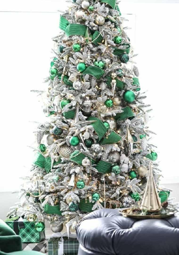 Árboles de navidad modernos-adronos-verdes