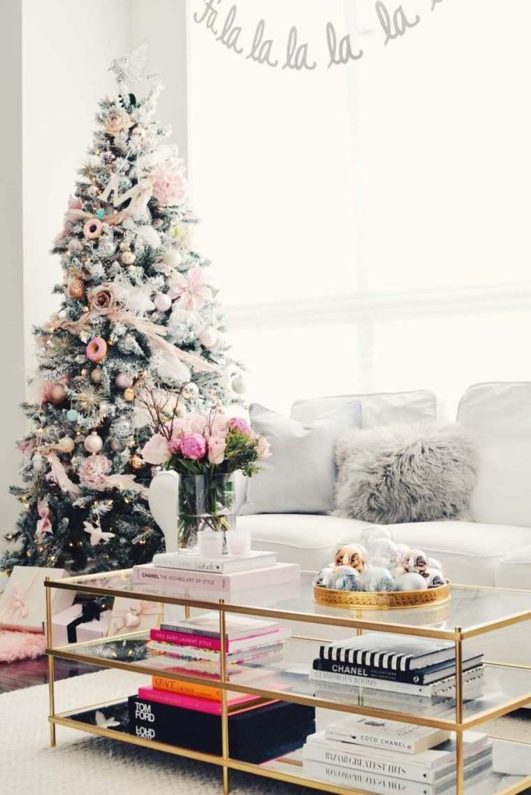 arboles-de-navidad-modernos-sala-decorada