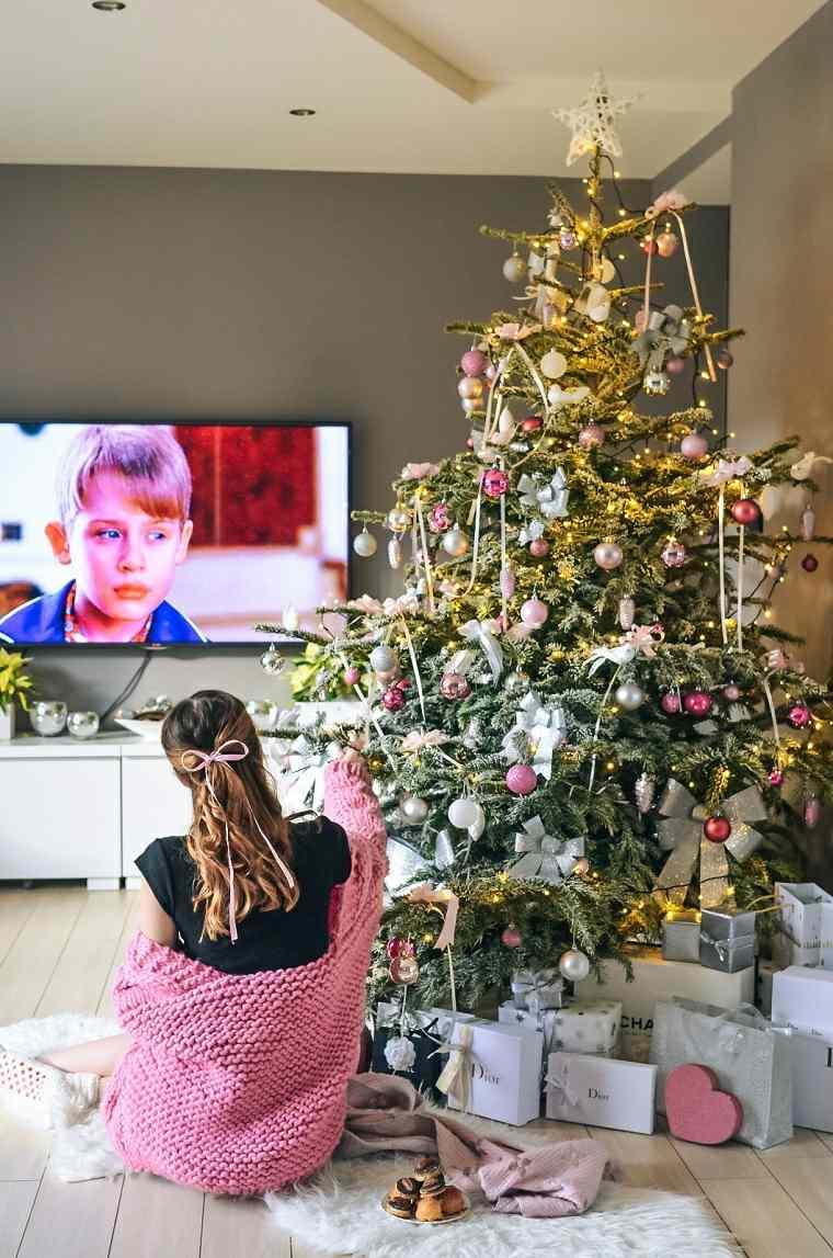 arboles-de-navidad-modernos-tonalidades-rosa