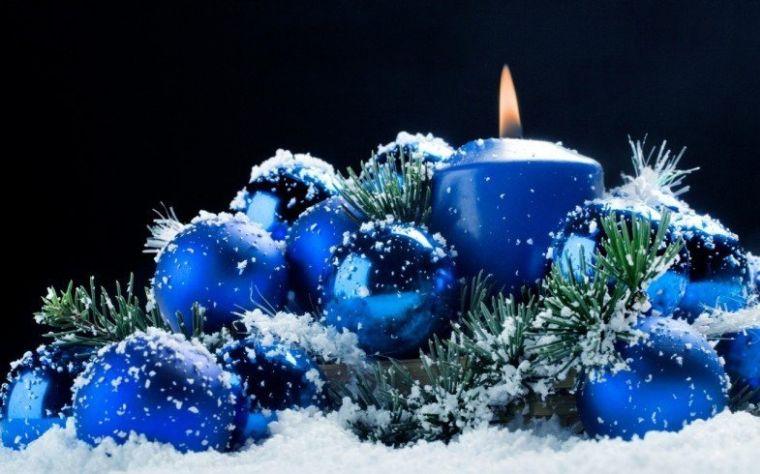 bolas de navidad azules