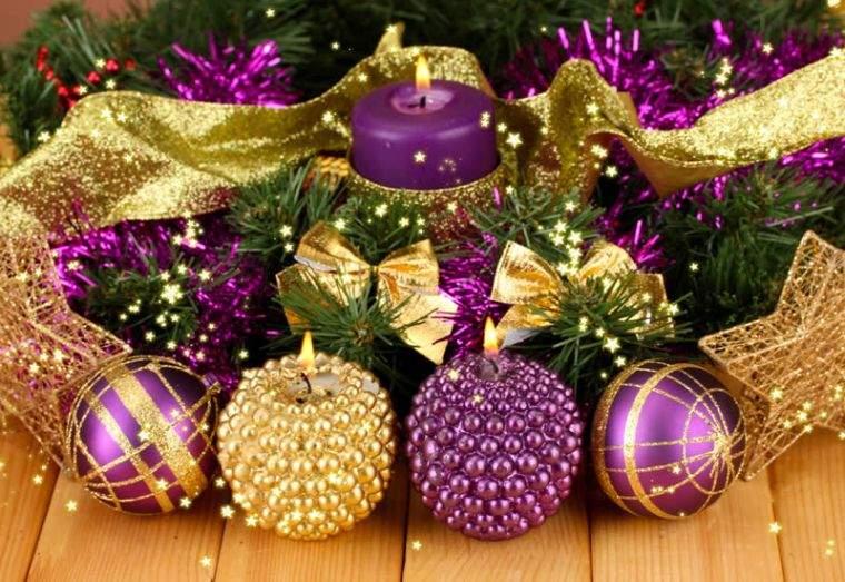 bolas de navidad morado