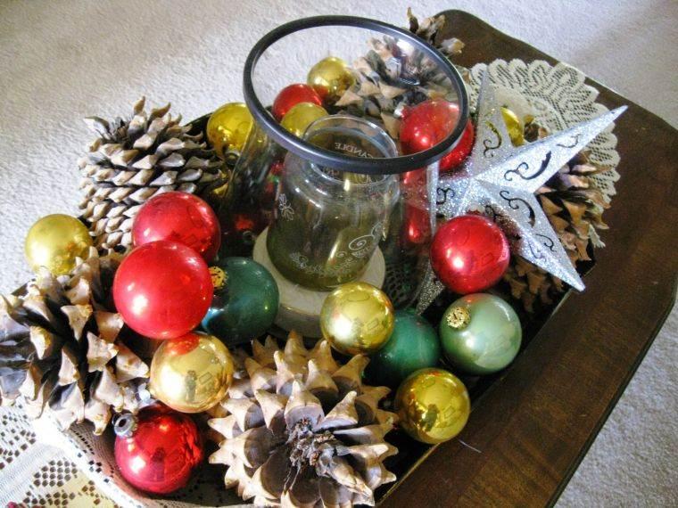 bolas de navidad piñas