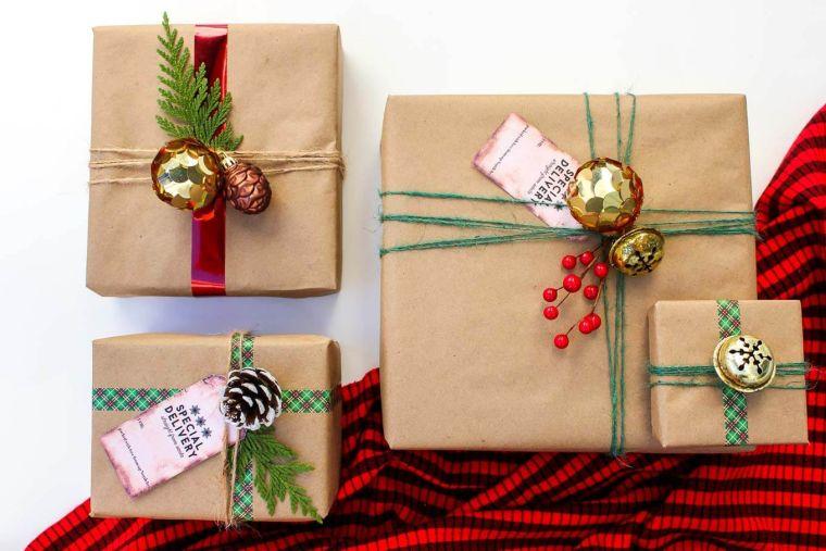 bolas de navidad presente