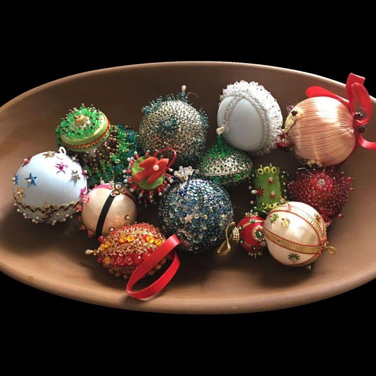 bolas de navidad varias