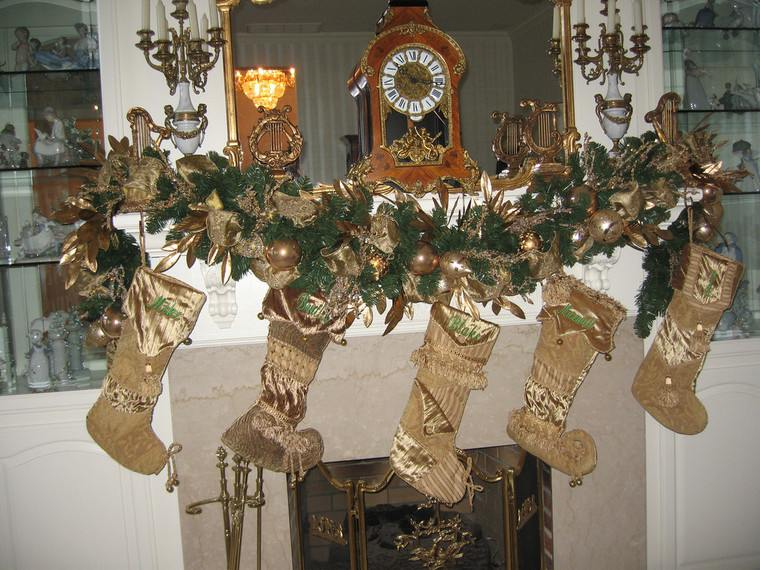 calcetines navideños dorados