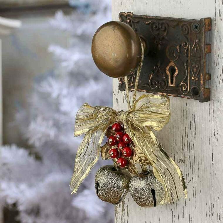campanas de navidad puerta