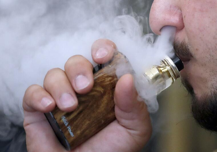 cigarro electrónico vapeo