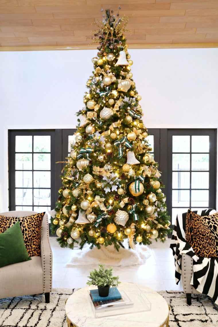 cómo adornar un árbol de navidad dorados