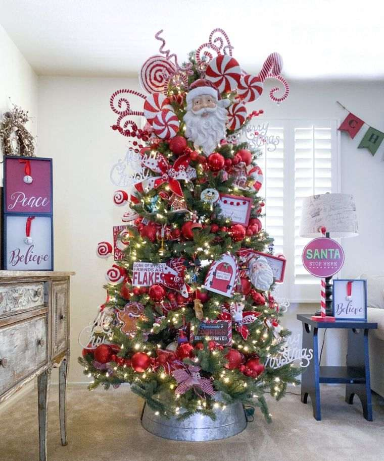 cómo adornar un árbol de navidad muñecos