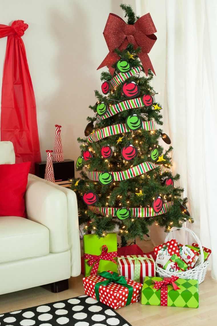 cómo adornar un árbol de navidad papel