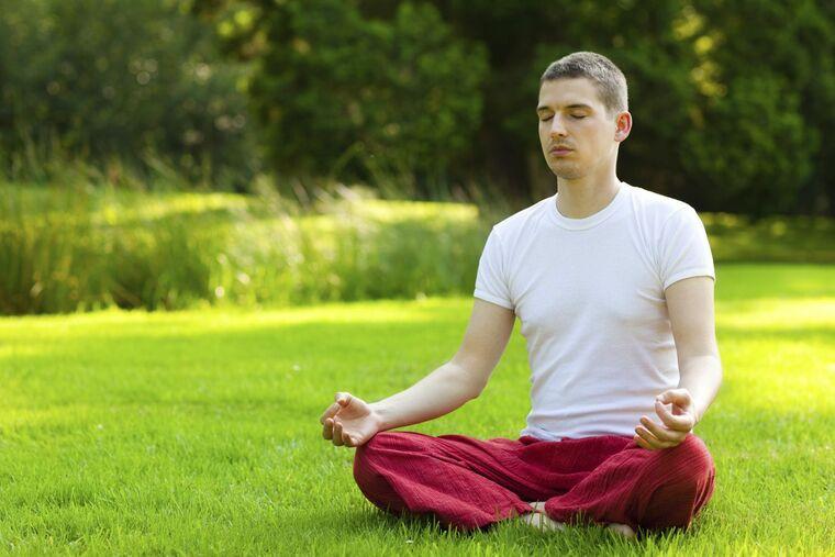 cómo controlar el estres yogicamen