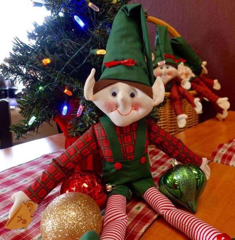 duendes navideños mesa