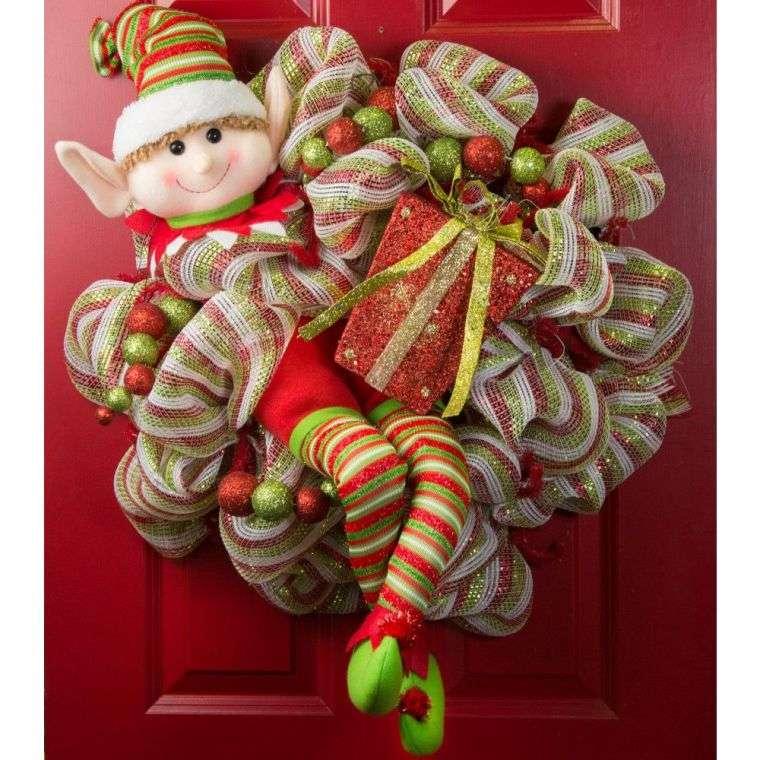 duendes navideños puerta