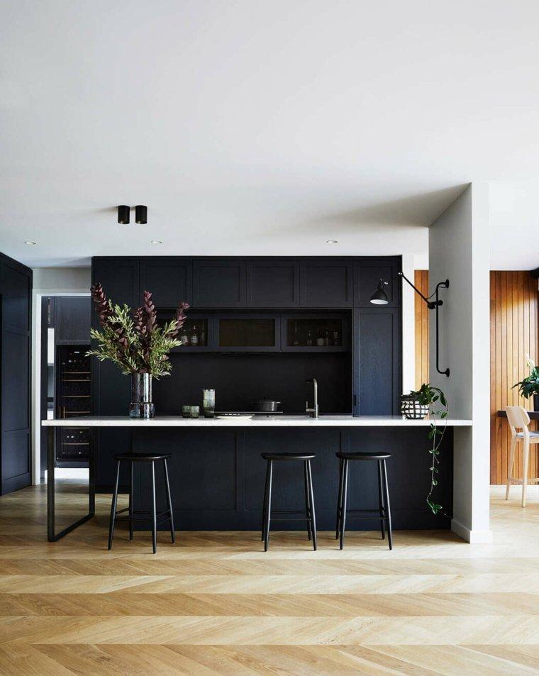 encimera-blanca-cocina-negra-diseno-cranberry-design