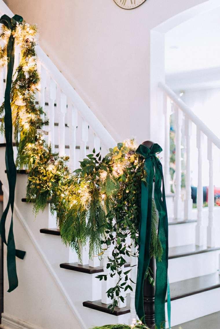 escalera-decorada-navidad-2019
