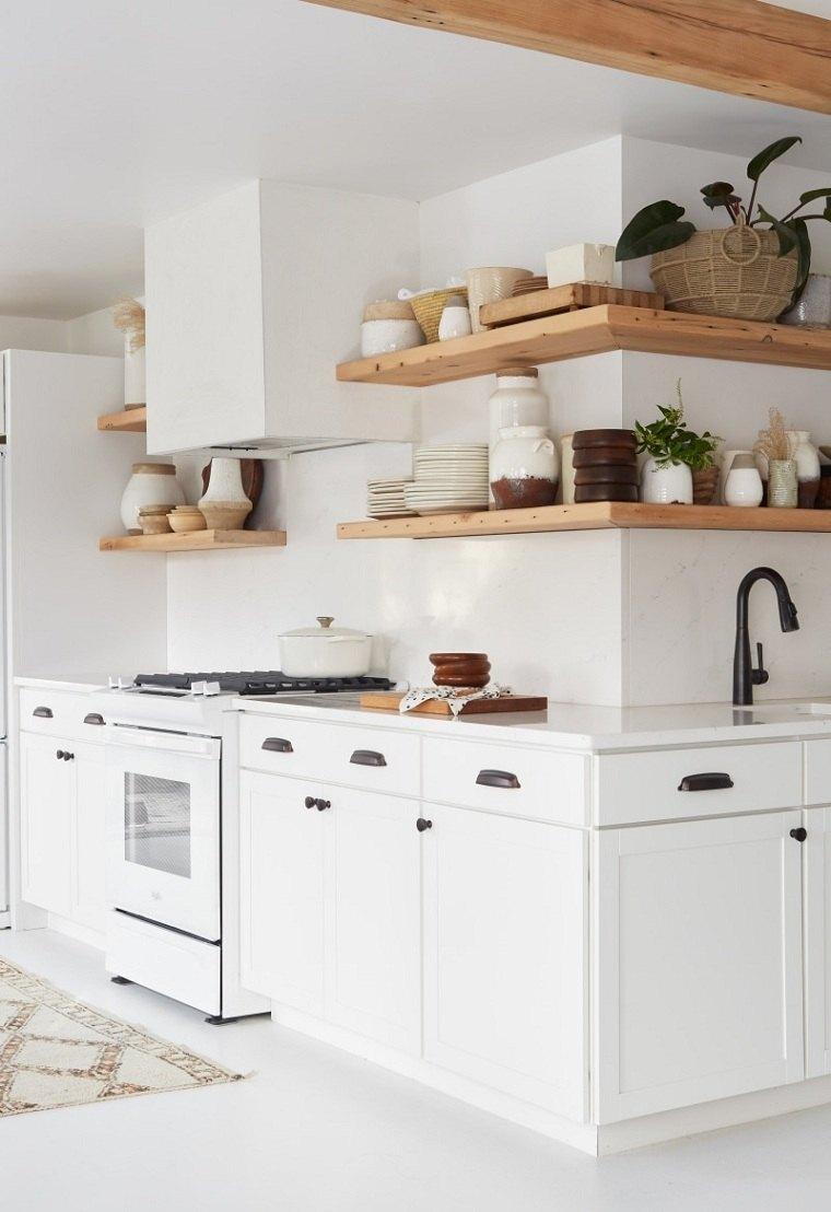 estantes-madera-angulo-muebles-blancos