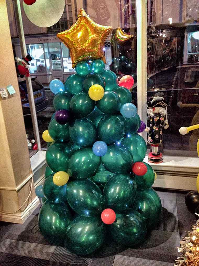 ideas de árboles de navidad globos