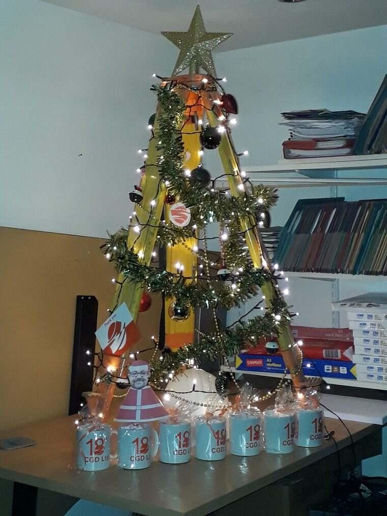 ideas de árboles de navidad tripoide