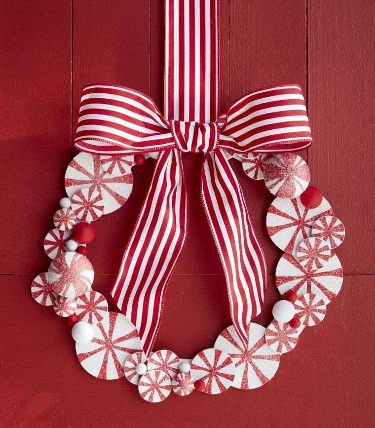 lazos navideños colgado