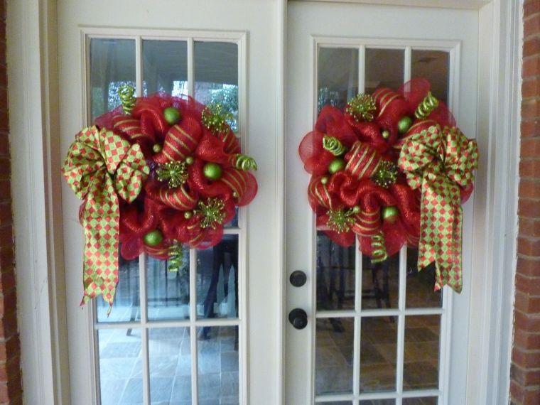 lazos navideños puertas