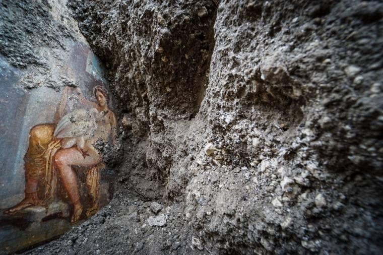 pompeya-fresco-esotico-descubierto-noticias