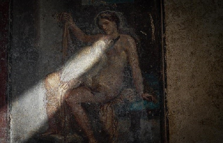 pompeya-fresco-esotico-descubierto