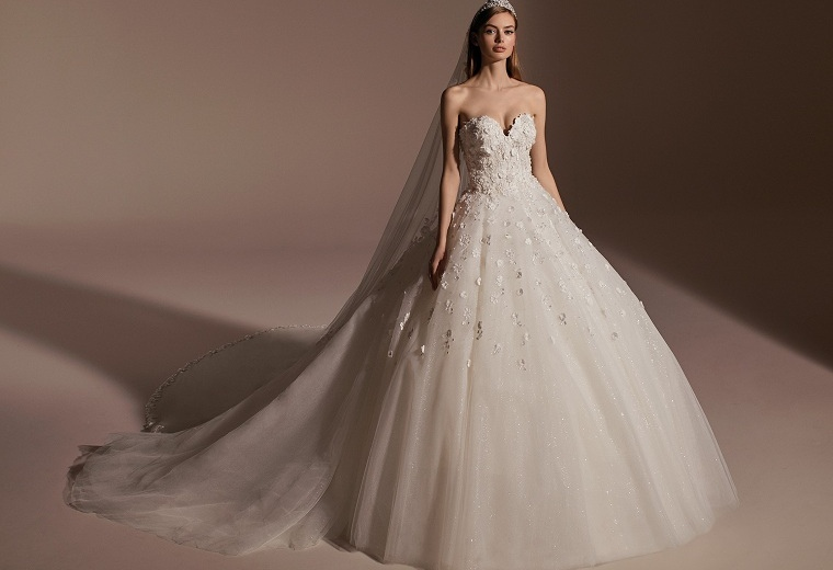 tendencias-de-boda-vestido-flores-pronovias