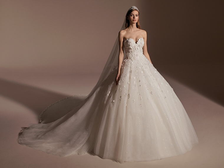 tendencias de boda-vestido-flores-pronovias