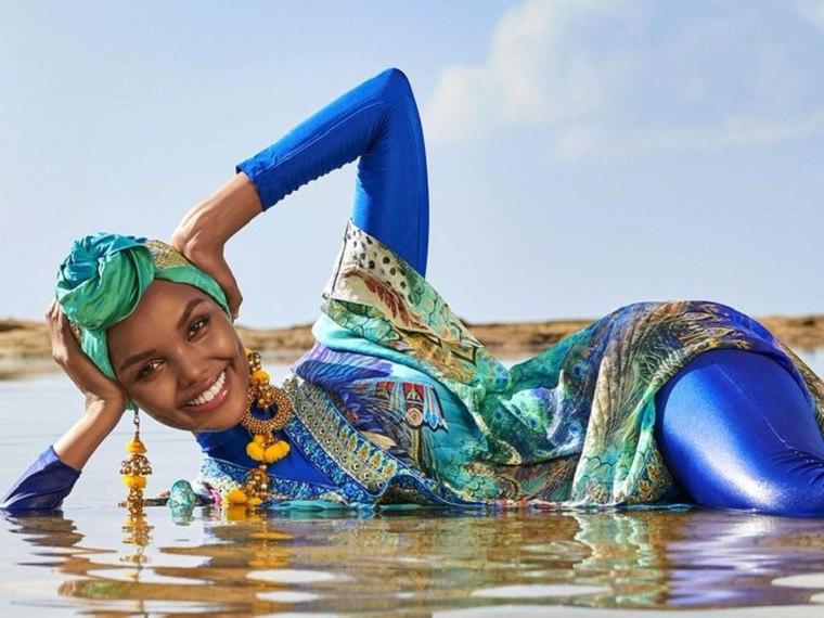 Halima Aden-fotos-burkini-modelo