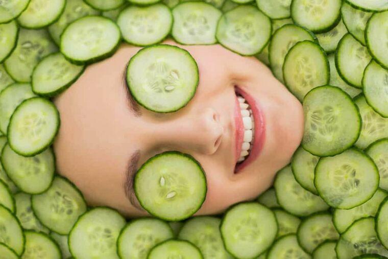 beneficios del pepino piel