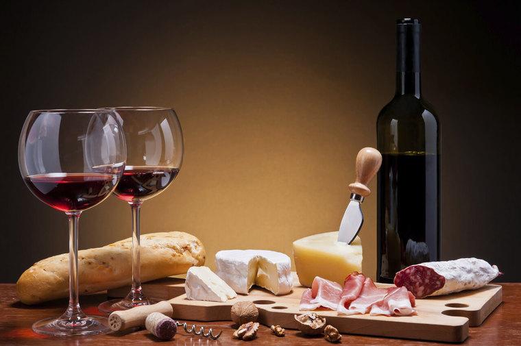 beneficios del vino tinto aperitivos