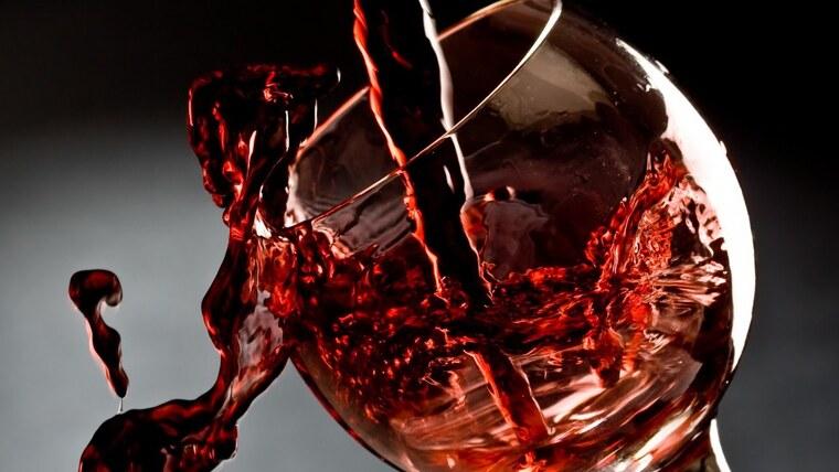 beneficios del vino tinto bueno