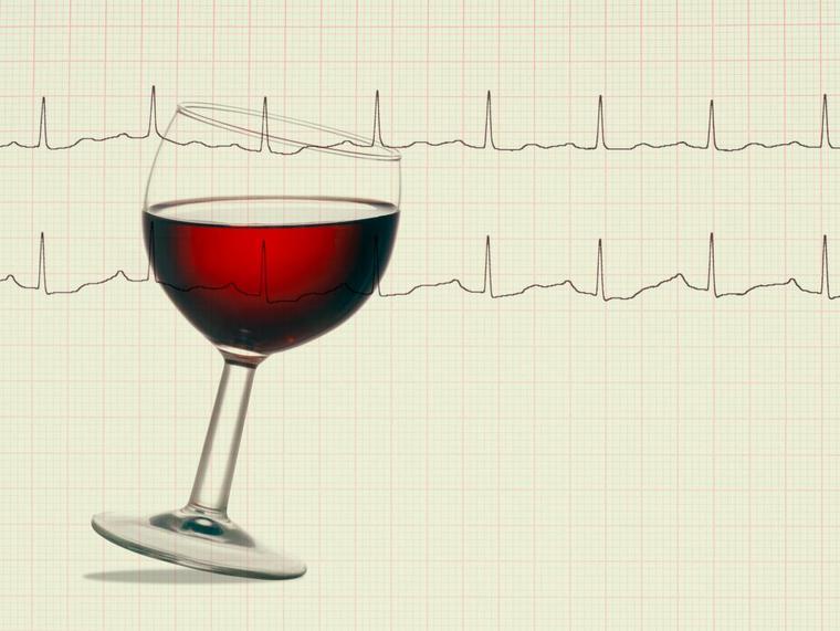 beneficios del vino tinto corazon