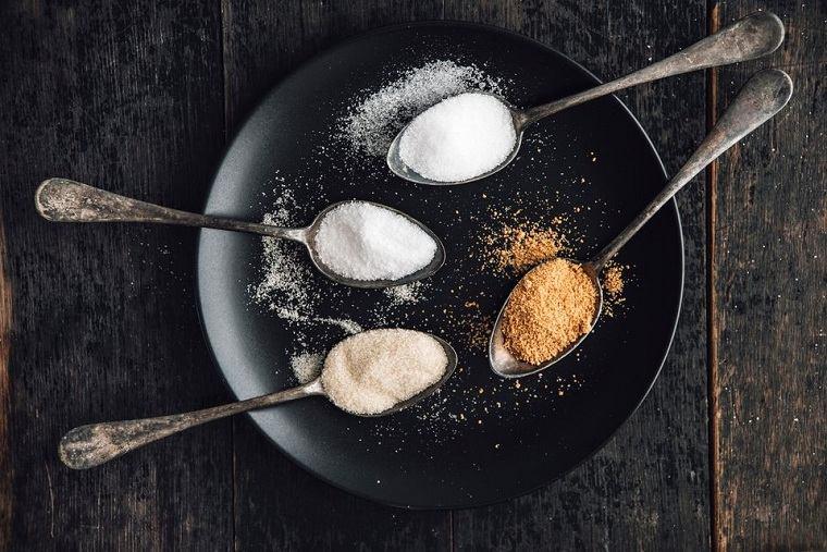 comidas-alto-contenido-azucar-sal-menopausia